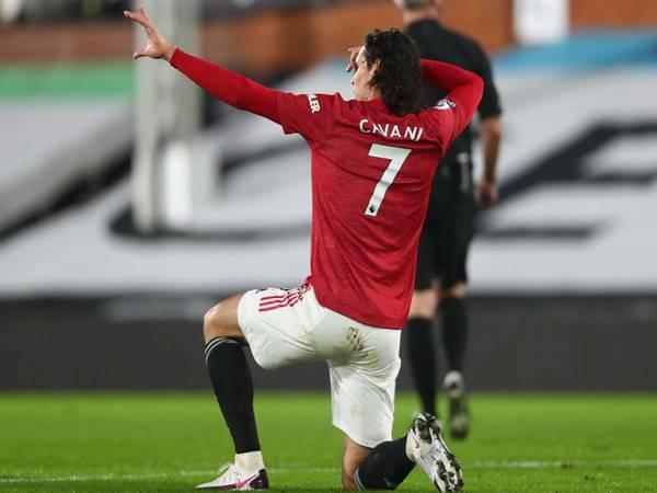 Tin bóng đá 15/4: HLV ĐT Uruguay khuyên Cavani ở lại MU
