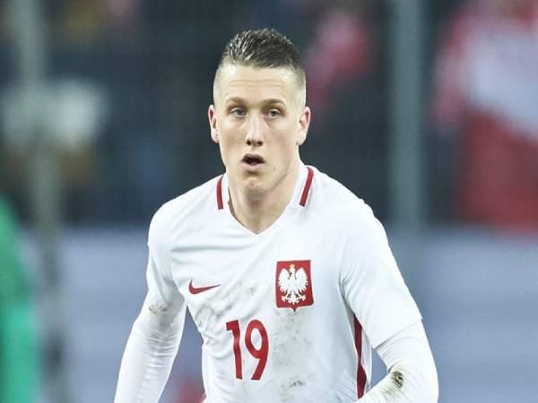 Bóng đá QT tối 2/7: Arsenal nhắm tiền vệ đa năng người Ba Lan